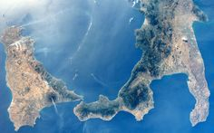 NASA astronaut Reid Wiseman shared this photo of the volcanoes Mount Etna and Mount Stromboli on Aug. Earth And Space, Stromboli, Cosmos, Etna Volcano, Natural Structures, Earth Photos, Space Photos, Southern Italy, Photos Of The Week
