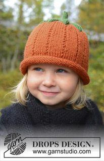 """Halloween DROPS: cappello a forma di zucca DROPS lavorato ai ferri in """"Karisma"""". Taglie: 0-8 anni. ~ DROPS Design"""