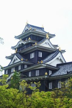 Japanese Castle: Okayama #Japan #Castle real japan, japan, japanese, castle, japanese castle, fortress, osaka, tokyo, kyoto, himeji, bitchu matsuyama, takeda, tour, trip, travel, guide, adventure, epxlore, plan, architecture hirosaki http://www.therealjapan.com/subscribe/