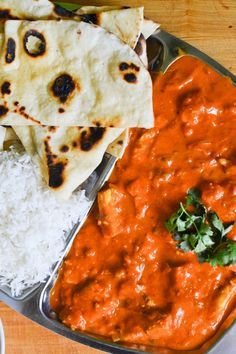 S vášní pro jídlo: Kuřecí tikka masala, indické placky a rajta Asian Recipes, Healthy Recipes, Ethnic Recipes, Good Food, Yummy Food, How Sweet Eats, Curry, Paleo, Food And Drink
