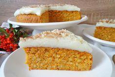 Torta alle carote e mandorle con crema di latte Creamed Honey, Cereal Recipes, Savoury Cake, Cake Mold, Cake Pans, Original Recipe, Clean Eating Snacks, Quick Easy Meals, Vanilla Cake
