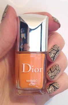 Review, Swatches: Dior Vernis Nail Polish Spring Cruise Collection #bstat