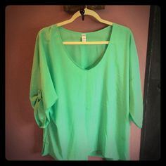 Old Navy Tunic. Green for spring. Old Navy Tunic. Green for spring. NWT. make me an offer. No trades. MS20 Old Navy Tops Tunics