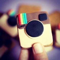 Social Media Updates: A Gift for Brands - Platform Magazine Instagram Software, Instagram Tips, Facebook Instagram, Instagram Users, Social Media Updates, Social Media Tips, Lund, Marketing Software, Social Media Marketing