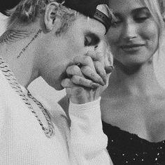 Hailey Baldwin, Justin Bieber Music, I Love Justin Bieber, Justin Hailey, Peinado Justin Bieber, Ariana Grande, Believe, Famous Couples, Celebrity Couples