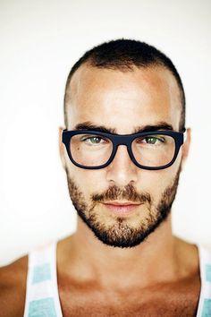 cool-beard styles-pour-hommes-2  Check more at http://coupedecheveuxx.com/45-cool-beard-styles-pour-les-hommes-detre-le-dieu-de-la-virilite/