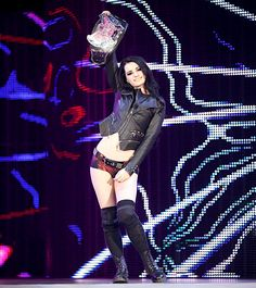 SmackDown 9/19/14: Nikki Bella vs Paige