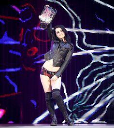 SmackDown 9/19/14: Nikki Bella vs Paige