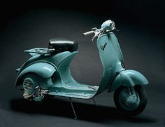 Google Image Result for http://www.tuscany-charming.it/IMAG/ITINERARI/museopiaggio/vespa.jpg