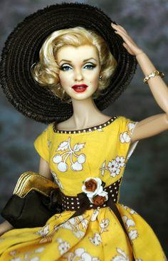 A Marilyn Monroe Barbie repainted and restyled by artist Noel Cruz of ncruz.com for myfarrah.com. Vintage Barbie Doll Dress Reproduction Barbie Clothes on eBay http://www.ebay.com/usr/fanfare1901?_trksid=p2047675.l2559