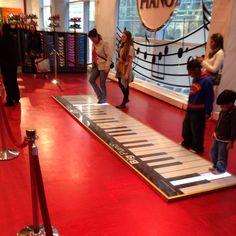 FAO Schwarz: Toy Wonderland - New York City, NY #Yuggler #KidsActivities #NYC