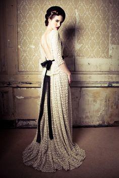 Lace wedding dress autumn winter 2012/13 - Lena Hoschek