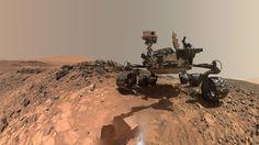 Este autorretrato de ángulo bajo del rover Curiosity de Marte muestra el vehículo en el lugar desde donde perforó la roca llamada Buckskin. En primer plano se observa polvo brillante producido durante la perforación del 30 de julio de 2015. Crédito: NASA/JPL-Caltech/MSSS. Un equipo de científicos ha hallado un mineral inesperado (tridimita) en una muestra de roca del cráter Gale de Marte, un descubrimiento que podría cambiar nuestra concepción de cómo evolucionó el planeta.