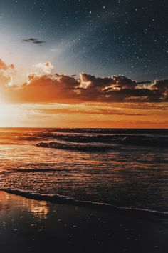 Wallpaper Sunset on the beach , - Wallpaper Pretty Sky, Beautiful Sky, Beautiful Landscapes, Sunset Wallpaper, Nature Wallpaper, Sunset Pictures, Nature Pictures, Aesthetic Backgrounds, Aesthetic Wallpapers