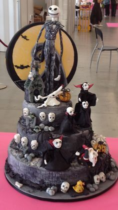 Halloween Nightmare Before Christmas Cake 2014 Birthday Design - Witch, Skull,  #2014 #Halloween