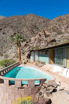 Palm Springs Modernism Week 2015 // Frey House, Photo by Tom Ferguson Vintage Architecture, Interior Architecture, Modernism Week, Destinations, Palm Springs Style, Outdoor Areas, Outdoor Entertaining, Mid-century Modern, Swimming Pools