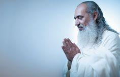 ECLÉTICO Prem Baba num centro terapêutico  de São Paulo. Ele mistura psicologia  e espiritualidade  para curar traumas  do passado  (Foto: Filipe Redondo/ÉPOCA)