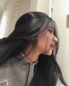 Ulzzang Korean Girl, Cute Korean Girl, Girl Photo Poses, Girl Photos, Girl Korea, Uzzlang Girl, Cute Girl Face, Girl Swag, Beautiful Asian Girls