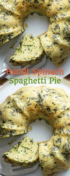 Bundt Spinach-Spaghetti Pie Sub Spaghetti Squash Tasty Spaghetti Squash, Spaghetti Pie Recipes, Pasta Spaghetti, Vegetarian Spaghetti, Easy Dinner Recipes, Easy Meals, Super Healthy Recipes, Casserole Recipes, Cooking Recipes
