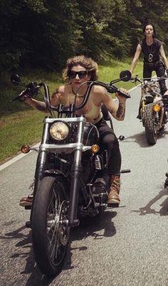 Beards Bikes Girls & Tattoos, Pangels Best Mix' Shared by Motorcycle Fairings - Motocc Female Motorcycle Riders, Motorbike Girl, Motorcycle Outfit, Motorcycle Quotes, Motorcycle Art, Lady Biker, Biker Girl, Motard Sexy, Chicks On Bikes