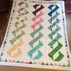 "DNA with prairie points by Jessica Gorny on the FB Quilting group 4"" HST"
