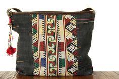 Original et hors du commun ce sac de fille en toile anthraciteavec un…