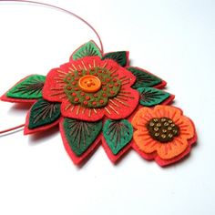 applique originals felt necklace 3