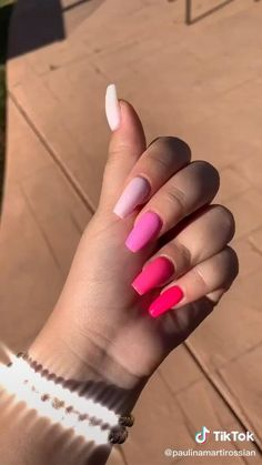 Bling Acrylic Nails, Acrylic Nails Coffin Short, Simple Acrylic Nails, Best Acrylic Nails, Gel Nails, Nail Polish, Colourful Acrylic Nails, Easy Nails, Stylish Nails