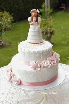 First Communion - Lemon and vanilla sponge with vanilla filling. Cupcake Cake Designs, Cupcake Cakes, Cupcakes, Meringue, First Holy Communion Cake, Vanilla Sponge, Fondant Decorations, Small Cake, Girl Cakes