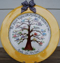 Personalized Teacher Grandparent Family Plate by beceramics Classroom Tree, Classroom Projects, School Projects, Teacher Appreciation Gifts, Teacher Gifts, Student Teacher, Sharpie Plates, Sharpie Crafts, Sharpies