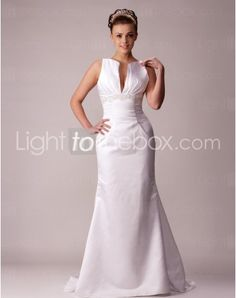 Just as pregnant brides should put on maternity wedding dresses, every bride also ought to pick out their own special and fitted wedding dresses. Here is the V-neck Sweep/Brush Train Trumpet/Mermaid Wedding Dresses With Beading Buttons right for you. Strapless gown with sweetheart pleated asymmetrical bodice,