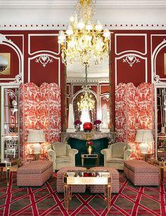 Barroco extrem en hoteles de culto, propuesto por el decorador y anticuario Lorenzo Castillo.
