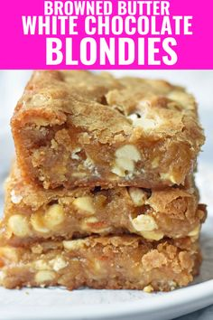 Browned Butter White Chocolate Blondies start with rich browned butter which adds a toffee and caramel flavor to these decadent bars. Fun Desserts, Delicious Desserts, Dessert Recipes, Yummy Food, Health Desserts, Blondie Dessert, Dessert Bars, Blondie Cake, Blondie Recipe