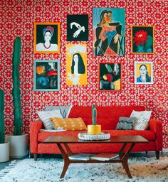 our favorite maximalist eclectic living room decor living room red Best Living Room Design Ideas 2018 Small Living Room Design, Colourful Living Room, Eclectic Living Room, Living Room Designs, Room Colors, House Colors, Red Couch Living Room, Red Living Rooms, Red Living Room Decor