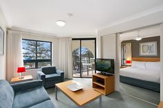 205/99 Griffith Street COOLANGATTA