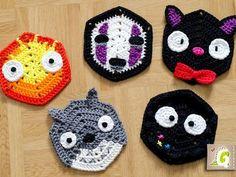 http://groaaar.de/en/new-pattern-series-in-progress-studio-ghibli-themed-hexagons/ Crochet Kitchen, Crochet Toys, Cute Crochet, Crochet Crafts, Loom Knitting, Finger Knitting, Crochet Totoro, Crochet Pokemon, Lana