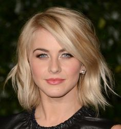 The perfect hairstyle for busy moms: Julianne Hough's low maintenance shoulder length bob