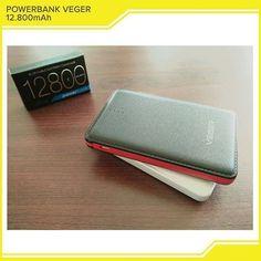 KODE PB1275-PB1276 Power bank Veger V58 ini memiliki desain slim yang membuat powerbank ini menjadi stylish. Memiliki 1 output 5V-1A kapasitas 12800mAh cukup besar untuk dibawa bepergian jauh. Dengan Power bank Veger ini kamu tidak perlu khawatir kehabisan baterai smartphone kamu.  Garansi 1 tahun dari Veger.  Tersedia dengan 2 warna:  Putih  Hitam  Harga:  95.000  Order  Line:  @ AZZAGADGET (PAKAI @) Whatsapp : 081357776262 #powerbankvegerjakarta #powerbankvegermurmer #powerbankvegerbandung…