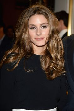 Olivia Palermo Long Curls - Olivia Palermo attended the 'Chloe Attitudes' book launch wearing her hair in messy-glam curls. Olivia Palermo Hair, Olivia Palermo Style, Casual Hairstyles, Curled Hairstyles, Gorgeous Hair Color, Haircuts For Fine Hair, Long Curls, New Hair, Hair Inspiration