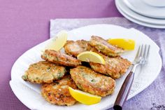 Salmon fritters - Christmas party inspiration http://www.taste.com.au/recipes/23719/salmon+fritters