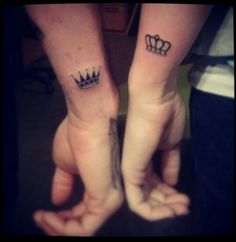 One of the best bonding experience a couple can ever have is to go get tattoos together, it's even better if they get romantically themed tattoos. Here is a gallery of some of our favorite couples tattoos and other romantic ink. Him And Her Tattoos, Love Tattoos, Beautiful Tattoos, New Tattoos, Small Tattoos, Crown Tattoos, King Tattoos, Tattoo With Names, Cool Couple Tattoos