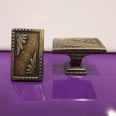 Ceramic Dresser Knobs Pulls Drawer Pulls Handles Knobs Antique Bronze White Gold Dresser Knobs And Pulls, Drawer Pulls, White Gold, Bronze, Ceramics, Antiques, Ceramica, Antiquities, Pottery