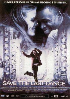 Save the Last Dance  - Un film di Thomas Carter. Con Julia Stiles, Sean Patrick Thomas, Kerry Washington, Fredro Starr, Terry Kinney.  Commedia, Ratings: Kids+13, durata 112 min. - USA 2001