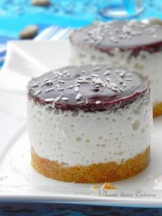 """Bavarois bounty"" French cake with Coco milk Thermomix Desserts, No Cook Desserts, Delicious Desserts, Dessert Recipes, Yummy Food, Mini Cakes, Sweet Recipes, Sweet Treats, Cheesecake"