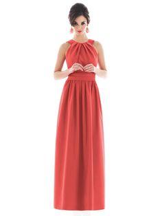Vestido largo coral. Bodas