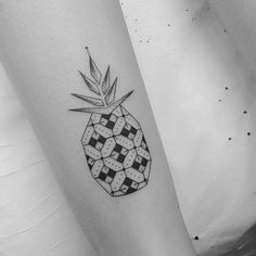 Graphic Pineapple  #inkstinctsubmission #blackworkers #tattrx #darkartists by brusimoes