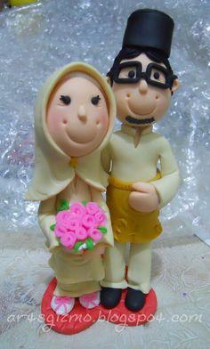 Malay wedding couple cake topper