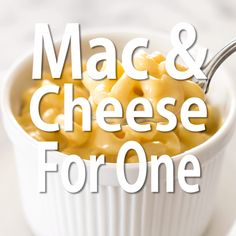 Easy stovetop Mac and Cheese for One. SO simple, SO good! | #cheese | #recipesforone | macaroni and cheese |