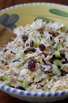 Ensalada con Pollo - AntojandoAndo Y Food, Food Porn, Food And Drink, Soup And Salad, Pasta Salad, Latin American Food, Salad Recipes, Healthy Recipes, Mexican Food Recipes