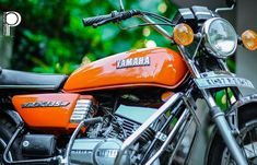 Image may contain: people sitting, motorcycle and outdoor Yamaha Rx 135, Yamaha Motorcycles, Film Pictures, Hd Photos, Jeep Wrangler Off Road, Bullet Bike Royal Enfield, Biker Photography, Duke Bike, Deadpool Wallpaper